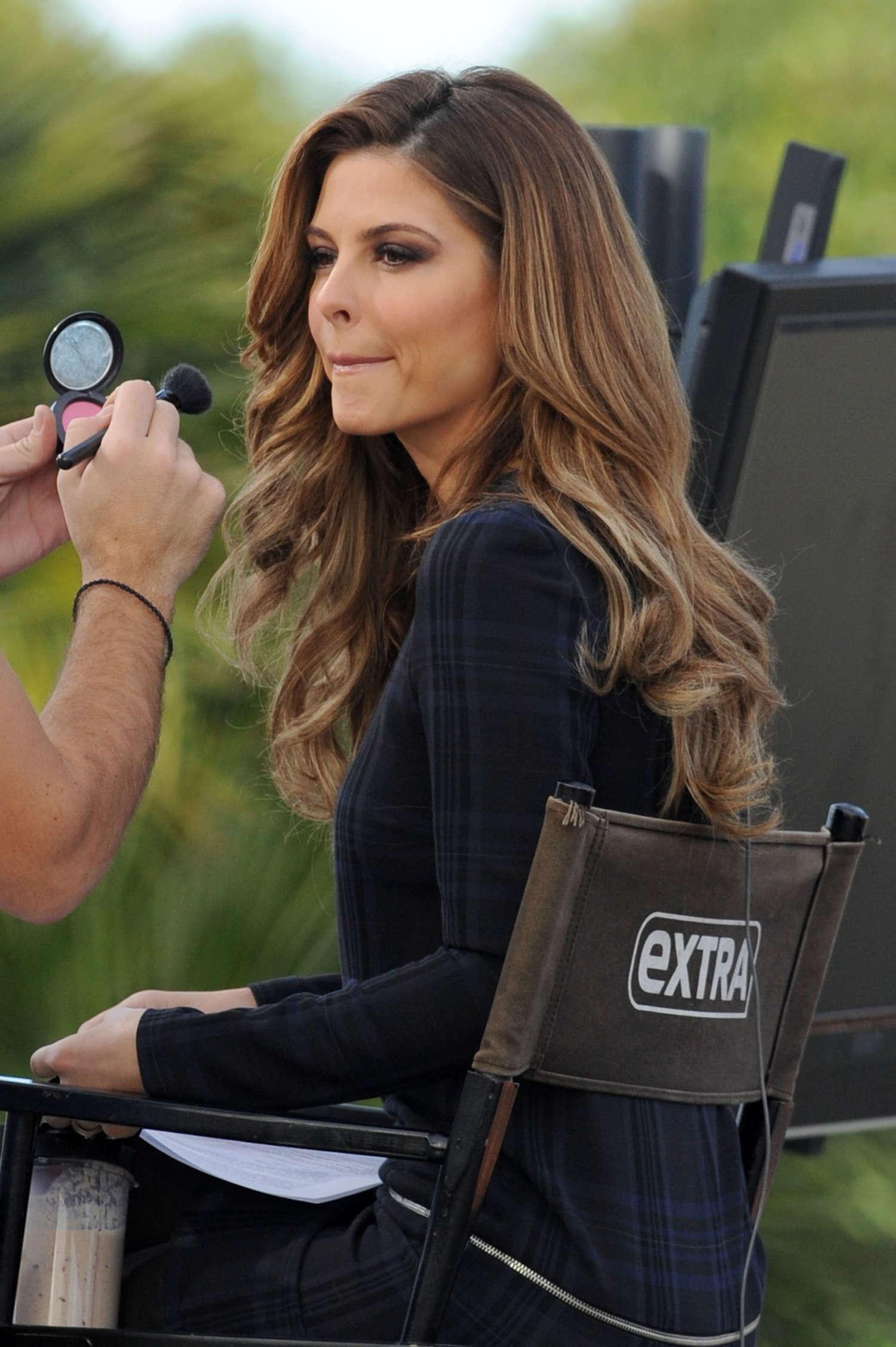 Maria Menounos Hot In A Tight Grey Dress 03 GotCeleb