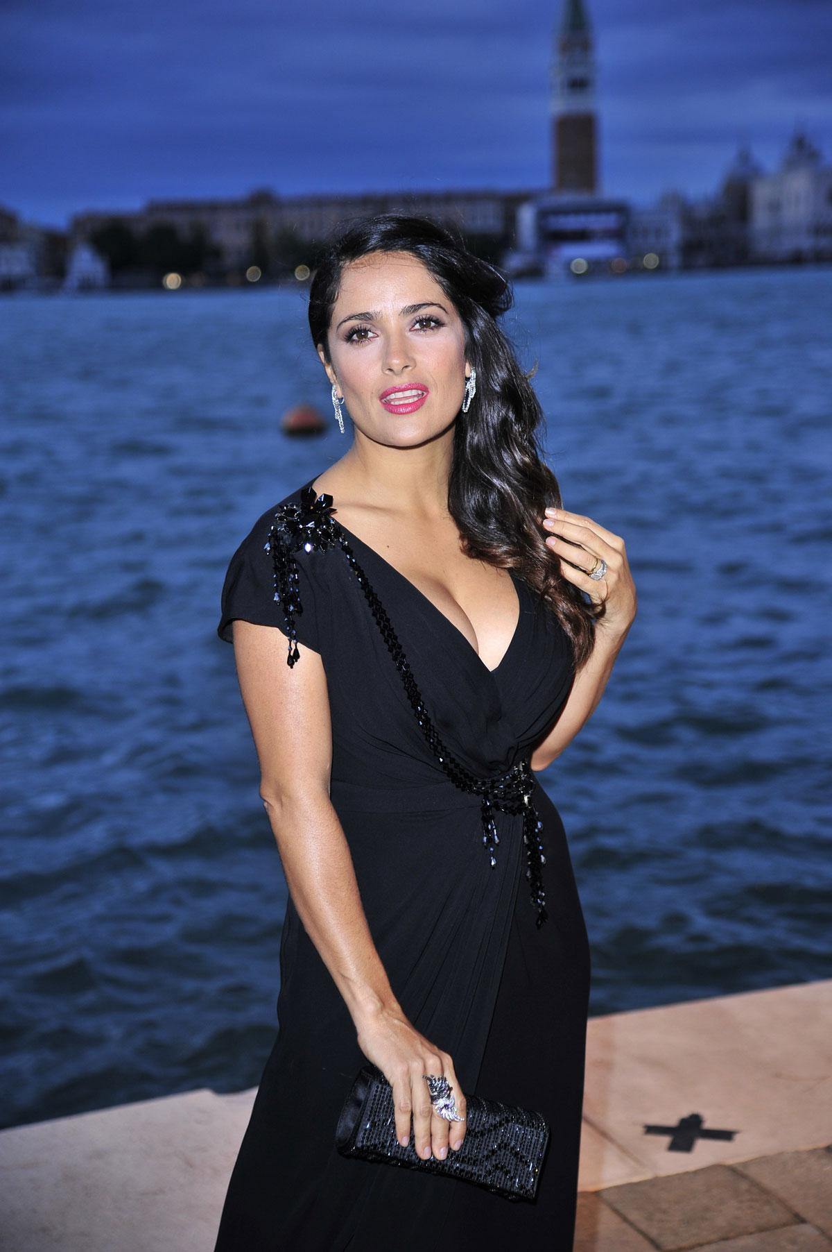 50d2edb1ee9 Mehhiko päritolu Hollywoodi staar Salma Hayek kritiseeris seda, et  eelistatakse ülikõhnu näitlejannasid ja modelle.