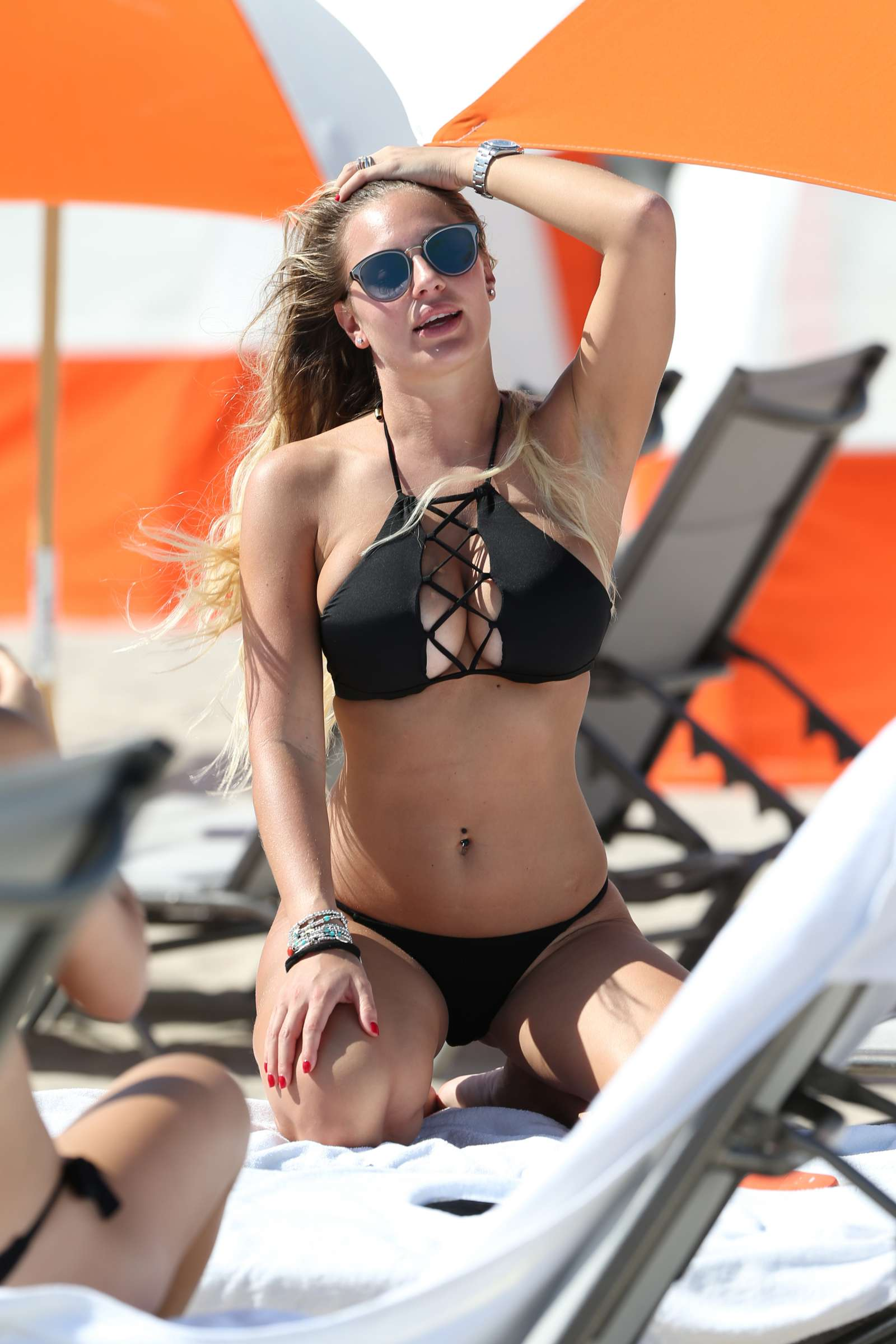 Celebrity Francesca Brambilla nude (94 photos), Paparazzi