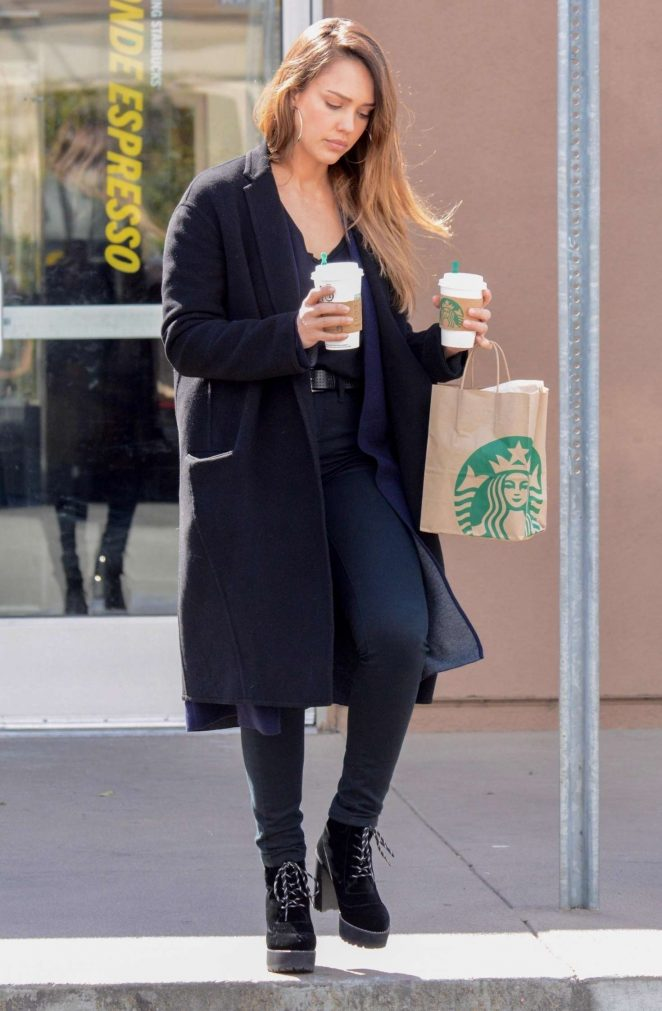 Jessica Alba at Starbucks in West Hollywood -07