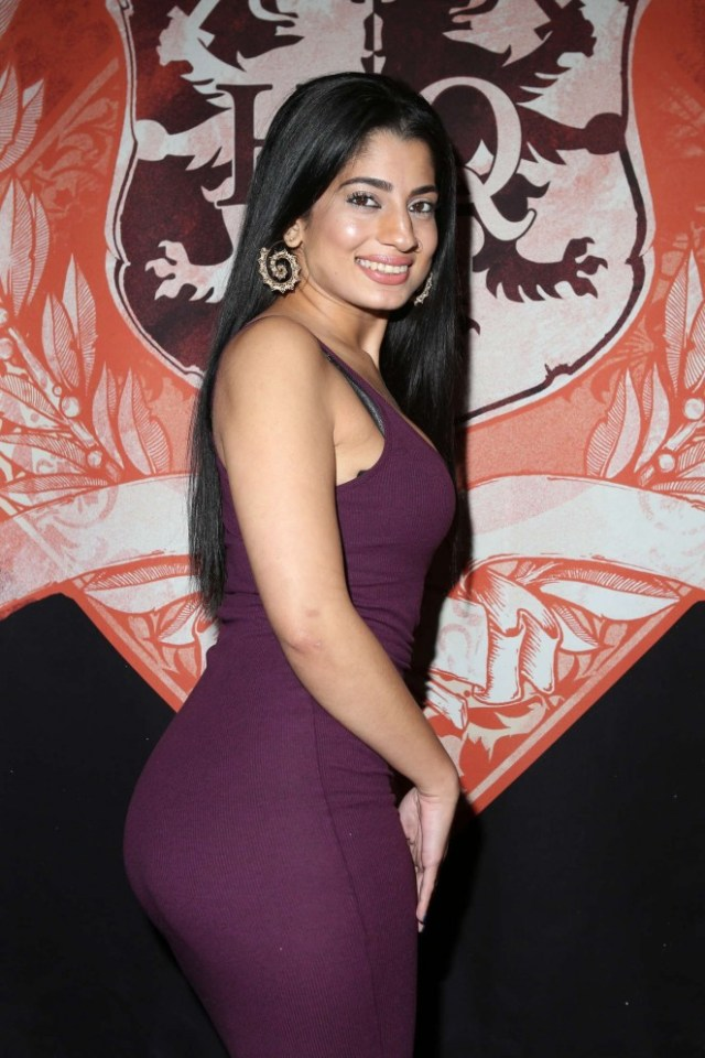 Nadia Ali Headquarters Gentlemens Club Presents The Feature Dance Debut Of Nadia Ali 02