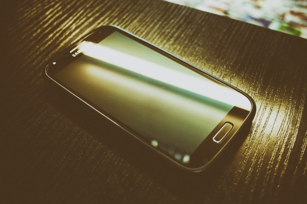 How To Hack WiFi Passwords Using A Smartphone