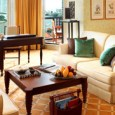 על גדות נהר הצ'או פראה תוכלו למצוא את מלון ORIENTAL שנבנה בשנת 1876 והתפרסם בעולם כולו בזכות השירות האגדתי, הסגנון, החן ומתקני המלון המצוינים. מלבד 393 החדרים המאובזרים, יש במלון […]
