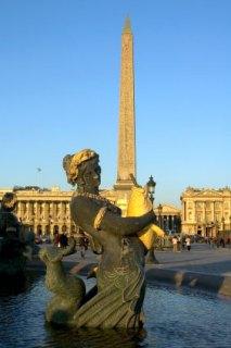 https://i1.wp.com/www.gothereguide.com/Images/France/Paris/Place_de_la_Concorde_obelisk.jpg?resize=213%2C320
