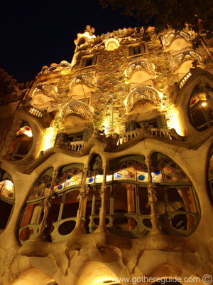 Casa Batllo At Night Picture Casa Batllo At Night Photo