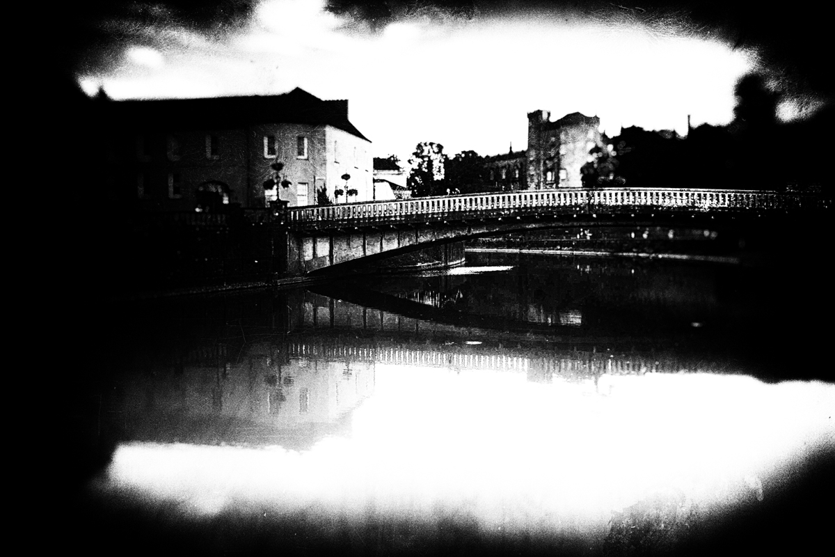 John's Bridge over the river Nore in Kilkenny. In a devastating flood during the 18th century, a crowd gathered here to watch the nearby Green Bridge be swept away. Unfortunately both bridges collapsed, throwing the crowd into the river to their deaths.