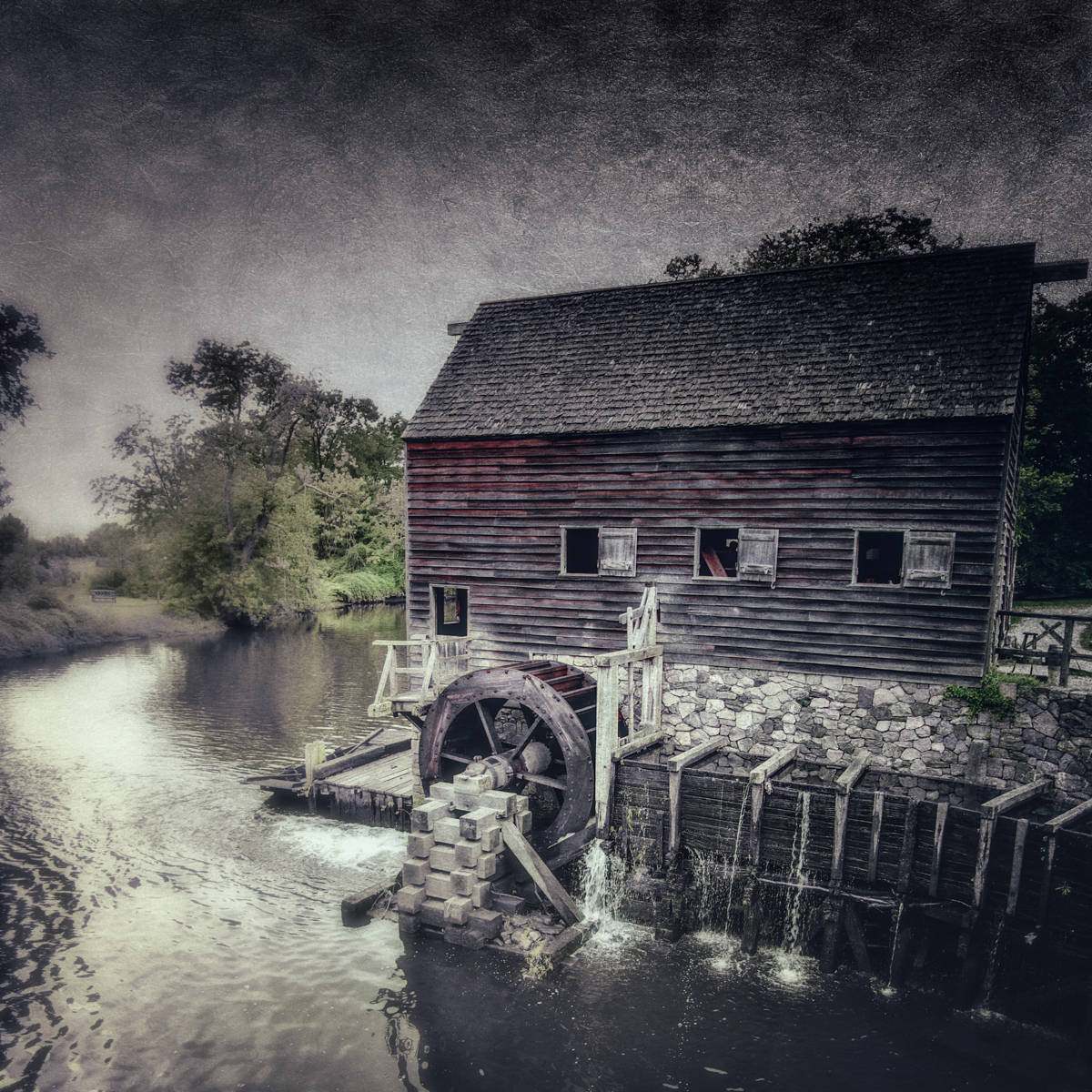 The mill at Philipsburg Manor, where an African American worker allegedly gave Washington Irving the folklore of Sleepy Hollow