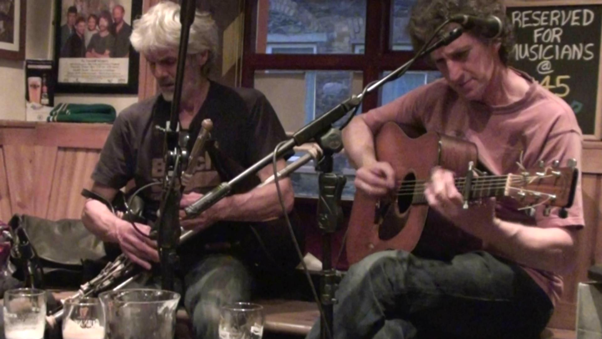 No shortage of live music in Dingle!