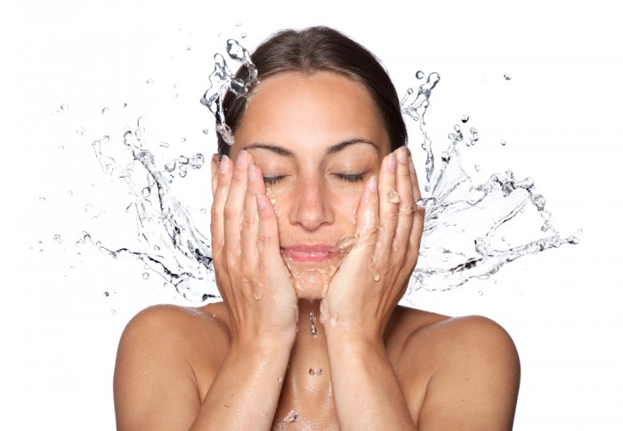 Best Face Wash For The Dry Skin