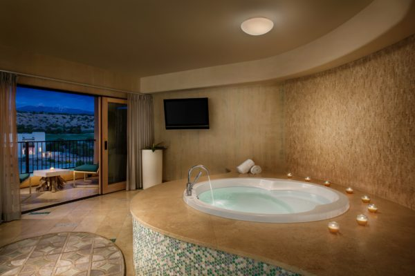 Hotel Jacuzzi Suites From Las Vegas To Chicago Go To