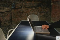 Suntable-laptop