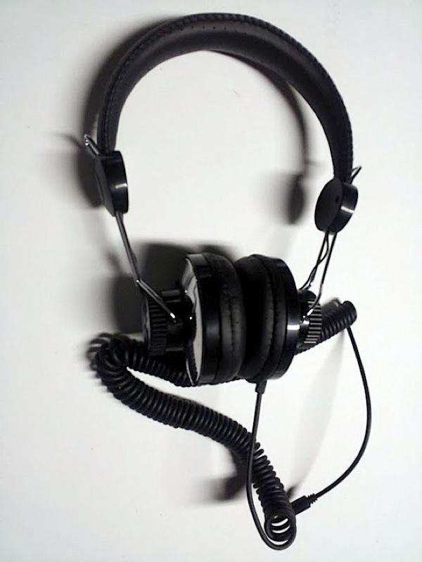iHome SD63 Soundesign Retro-style Headphoens