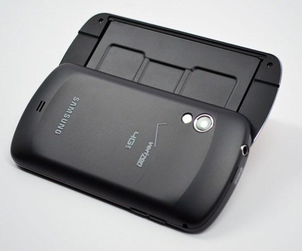 Samsung Stratosphere Review - Design