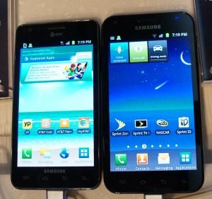 Samsung Galaxy S III Has Big Shoes to Fill