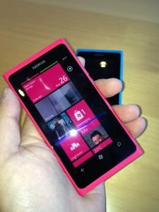 Nokia Lumia 900 vs. Nokia Lumia 800