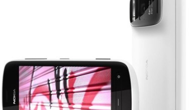 Nokia PureView 808 Available for Pre-order