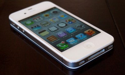 Radio Shack Knocks $50 Off iPhone 4S Price