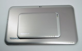Toshiba Excite 13 Review - size vs Excite 7