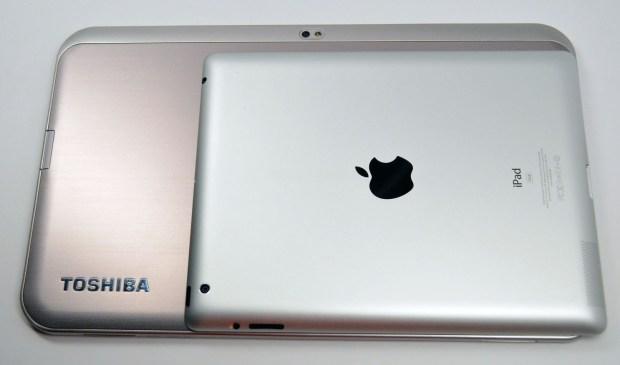Toshiba Excite 13 vs iPad Size