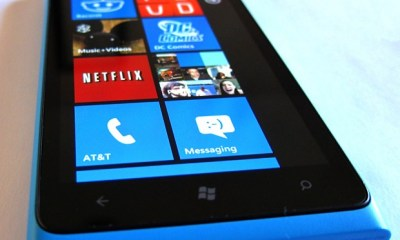 Lumia 900 Sells Well At Best Buy, But Not As Well As Android