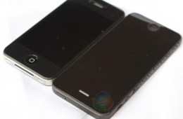 iPhone 5 vs iPhone 4s size comparison photo