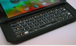 Motorola Photon Q 4G LTE Review - keyboard closeup