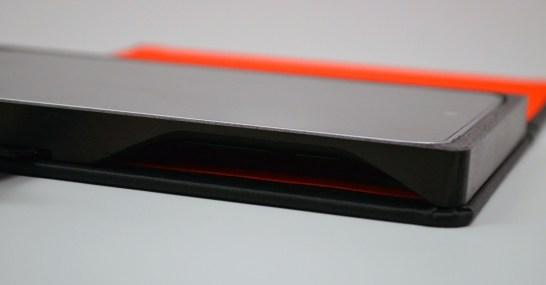 TreeGloo Nexus 7 Case Review - buttons 2