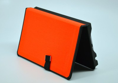 TreeGloo Nexus 7 Case Review - landscape dock