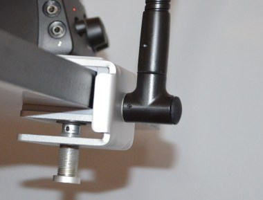 TwelveSouth Hover Bar Review - Mount clse up on Desk