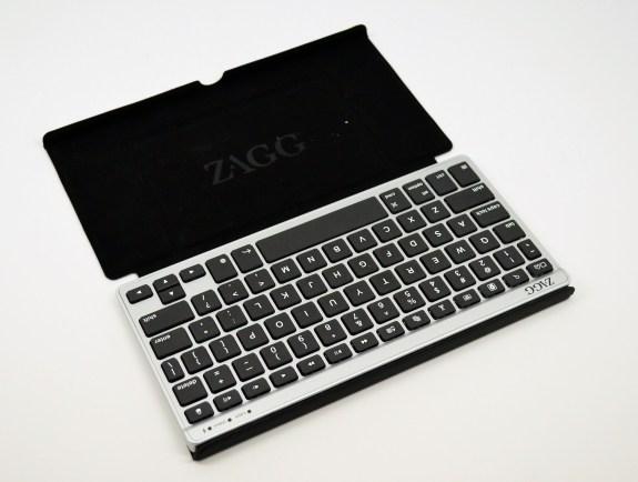 Zagg Flex Keyboard Review - Nexus 7 in case