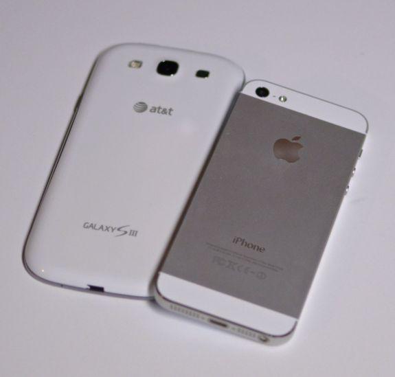 Galaxy S III vs. iPhone 5 back