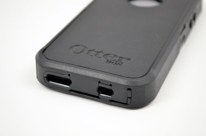 OtterBox iPhone 5 Case Review - Defender - 03