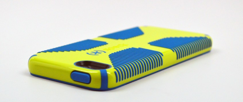 Speck CandyShell Grip iPhone 5 Case Review - 4