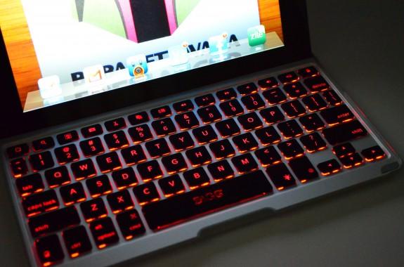 ZAGGKeys Pro Plus Review - Backlit iPad Keyboard - 06