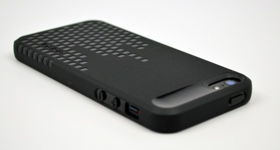 Incipio Frequency iPhone 5 Case Review - 4