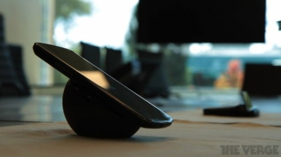 wireless_charging_orb_nexus_4-580x325