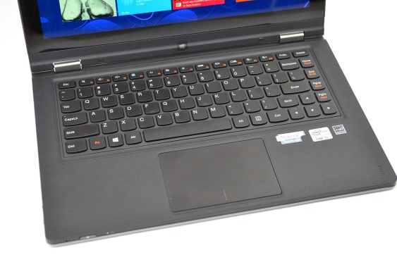 IdeaPad Yoga 13 Review - 11