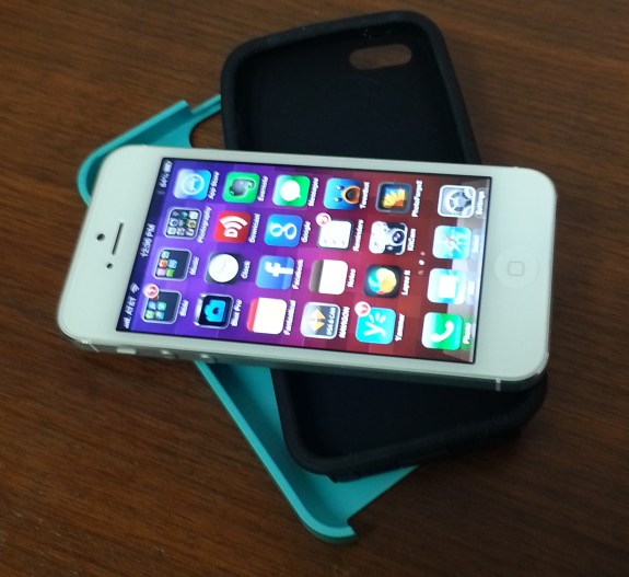 Acase Superleggera PRO iPhone 5 Case in parts