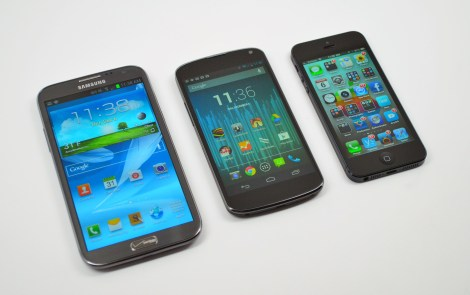 Galaxy Note 2 vs iPhone 5 vs Nexus 4 - 02