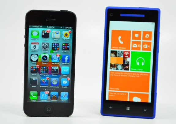 HTC 8X vs iPhone 5 Review - 12