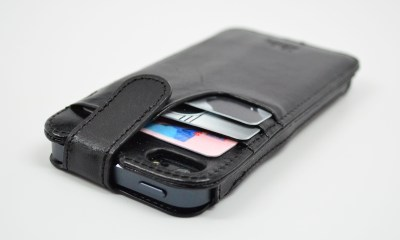 Sena WalletSlim iPhone 5 Case Review - 05