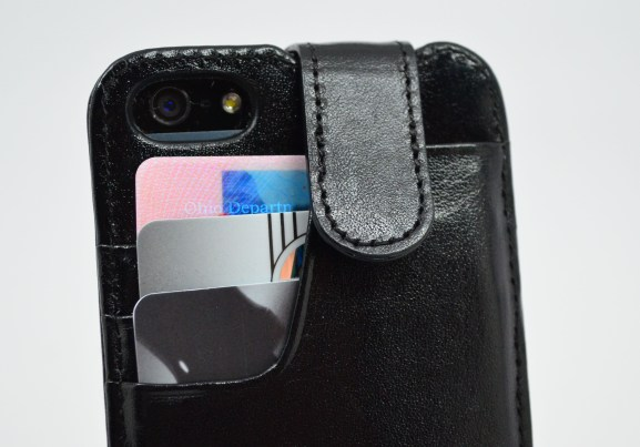 Sena WalletSlim iPhone 5 Case Review: Amazing Wallet Case