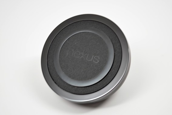 Nexus 4 Wireless Charger Review - 01