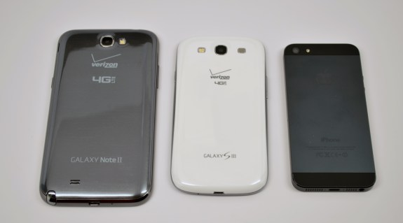 Samsung Galaxy Note 2 vs Galaxy S3 vs iPhone 5 - 4