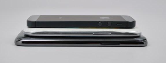 Samsung Galaxy Note 2 vs Galaxy S3 vs iPhone 5 - 7
