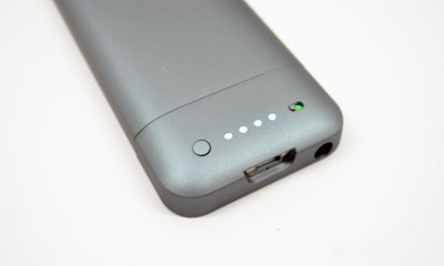 iPhone 5 Mophie Juice Pack Helium Review - 07