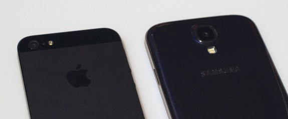 The iPhone 5 received more tweets during it's launch than the Samsung Galaxy S4.