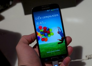 There is a chance that a U.S. carrier could release the Galaxy S4 in April.