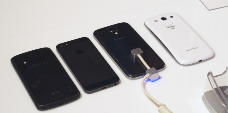 Samsung Galaxy S4 vs. Galaxy S3 vs. iPhone 5 007