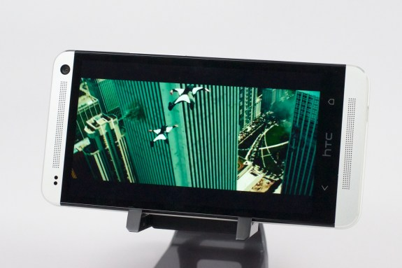 HTC One Review -  012